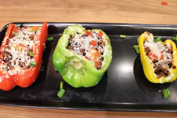 Quick And Easy Minced Beef-Stuffed Grilled Bell Peppers