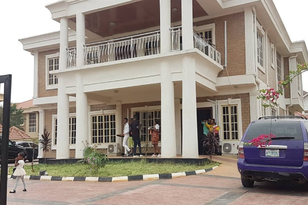 Akpororo Acquires New Mansion To Celebrate Valentines Day (photos)