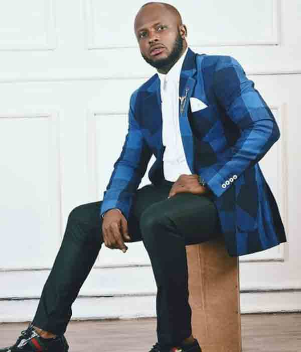 Comedian and actor, igosave is a year older